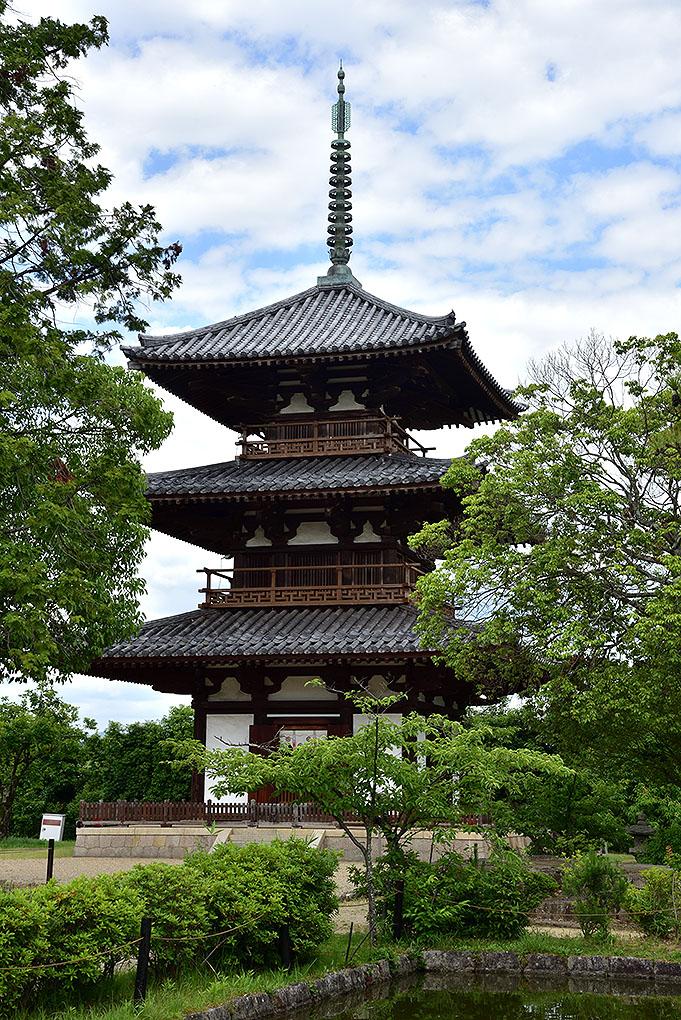 法起寺三重塔